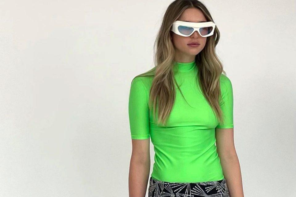 Tal pai, tal filha: a estreia discreta de Eve Jobs como modelo na Paris Fashion Week!