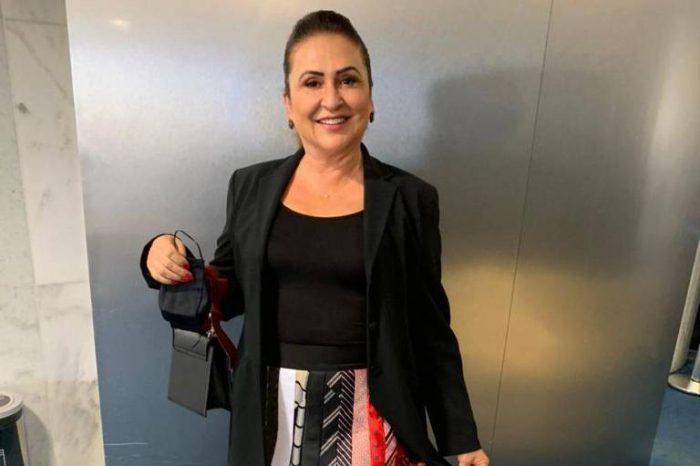 Senadora Kátia Abreu: upcycling ou mau gosto mesmo?